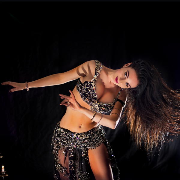 Belly_dance_black_lace
