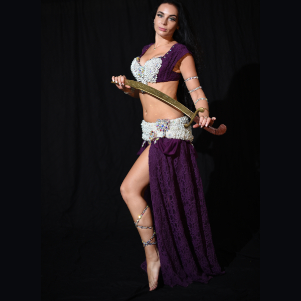 Belly_dance_purple_costumes